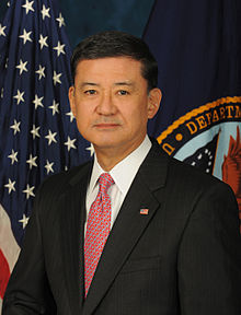Secretary of Veterans Affairs Eric Shinseki